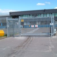 commercial electric gates and barriers. - TPS Industrial