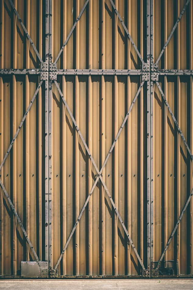 Safety first Helping you choose the right industrial door - TPS Industrial