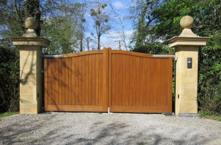 Wooden Gate - TPS Industrial